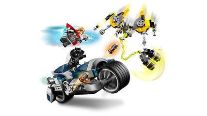 LEGO Marvel Avengers Movie 4  Vengadores: Ataque en Moto (76142)