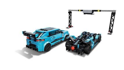LEGO Speed Champions  Formula E Panasonic Jaguar Racing GEN2 car & Jaguar I - PACE eTROPHY (76898)