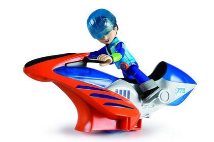 MilesFigura + Moto Voladora