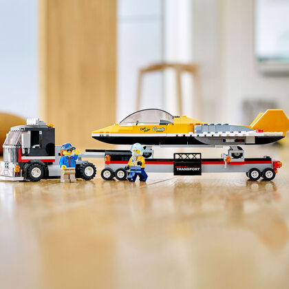 LEGO City Great Vehicles Camión de Transporte del Reactor Acrobático (60289)