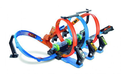 Juguete interactivo Mattel Hot Wheels Pista triple looping