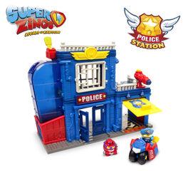 Superzings II Estacin de polica